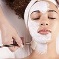顔に塗ってOK!美肌の味方ワセリンの正しい活用法7選