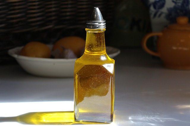 飲む美容液!美肌健康にピッタリの亜麻仁油のすごい効果6選