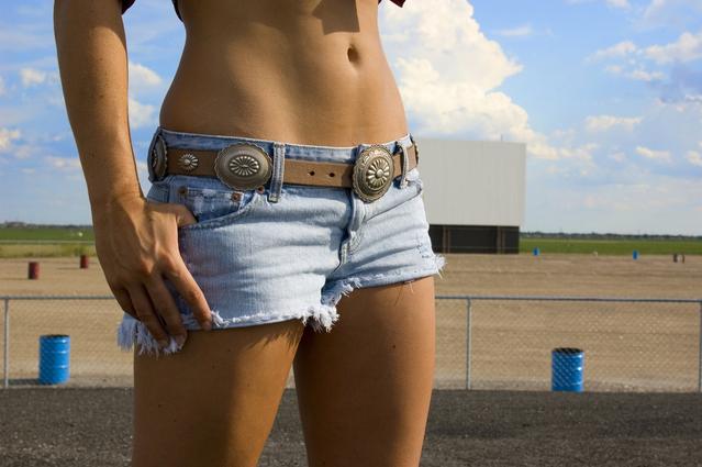 毎日30回の腹筋で引き締まったお腹周りを手に入れる5つの方法