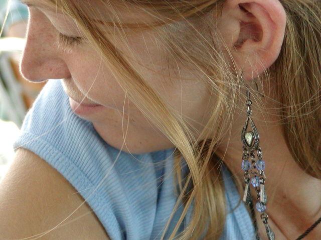 顔のたるみを解消して老け顔撃退する5つの方法