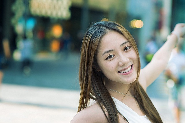 自宅で簡単にできる顔の歪みを整えて美人に変身する5ステップ