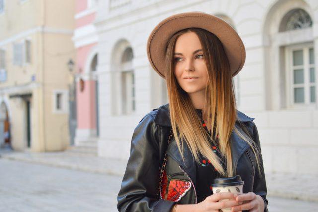 顔の歪み矯正で老け顔と老化を防ぐ7つの方法