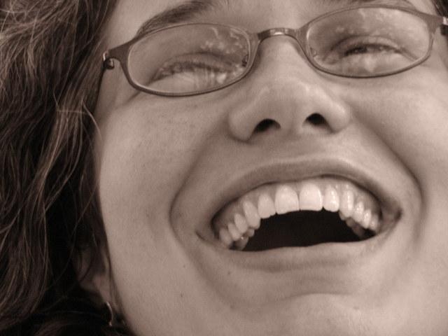 耐えられない歯の痛みを速攻で和らげる5つの方法