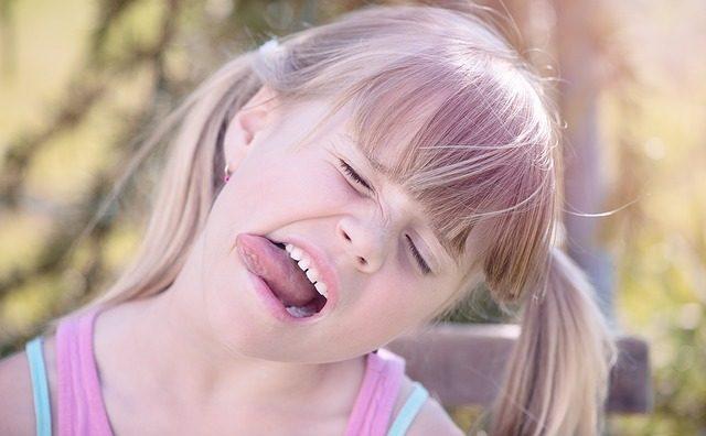 舌回し効果がヤバい!ほうれい線を3週間で消す5ステップ