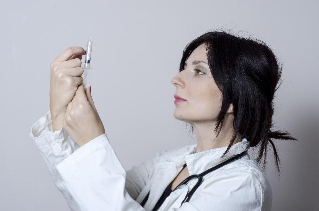 小顔だけじゃない ボトックス注射で解消できる体の悩みと方法6つ