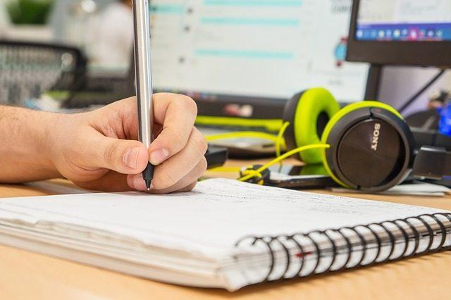 集中したい人必見!集中力を高める音楽の選び方6選と効果効用