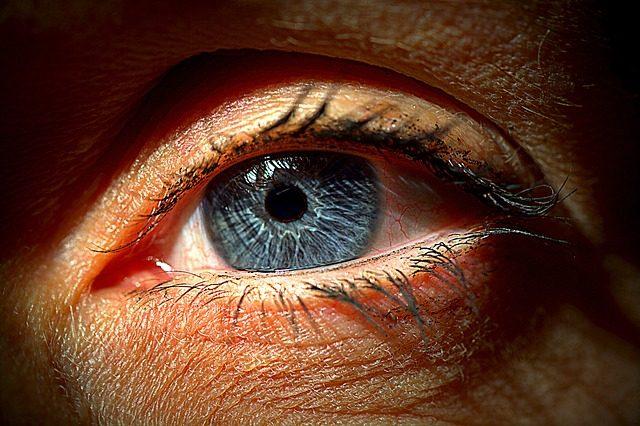眼球の腫れの原因と症状別の6つの対処法