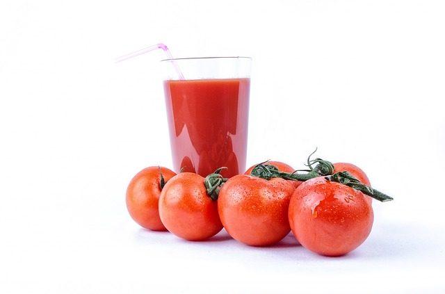 トマトジュースの飲み過ぎが招く9つの健康被害と気をつけたい摂取量